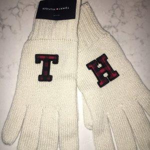 NWT Tommy Hilfiger TH Cream Logo Gloves